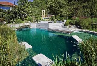 Piscina natural y jardín Widenhorn