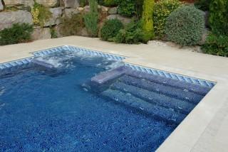 Hidromasaje en piscina